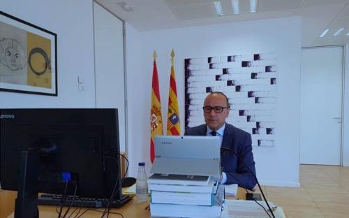 Felipe Faci en su oficina