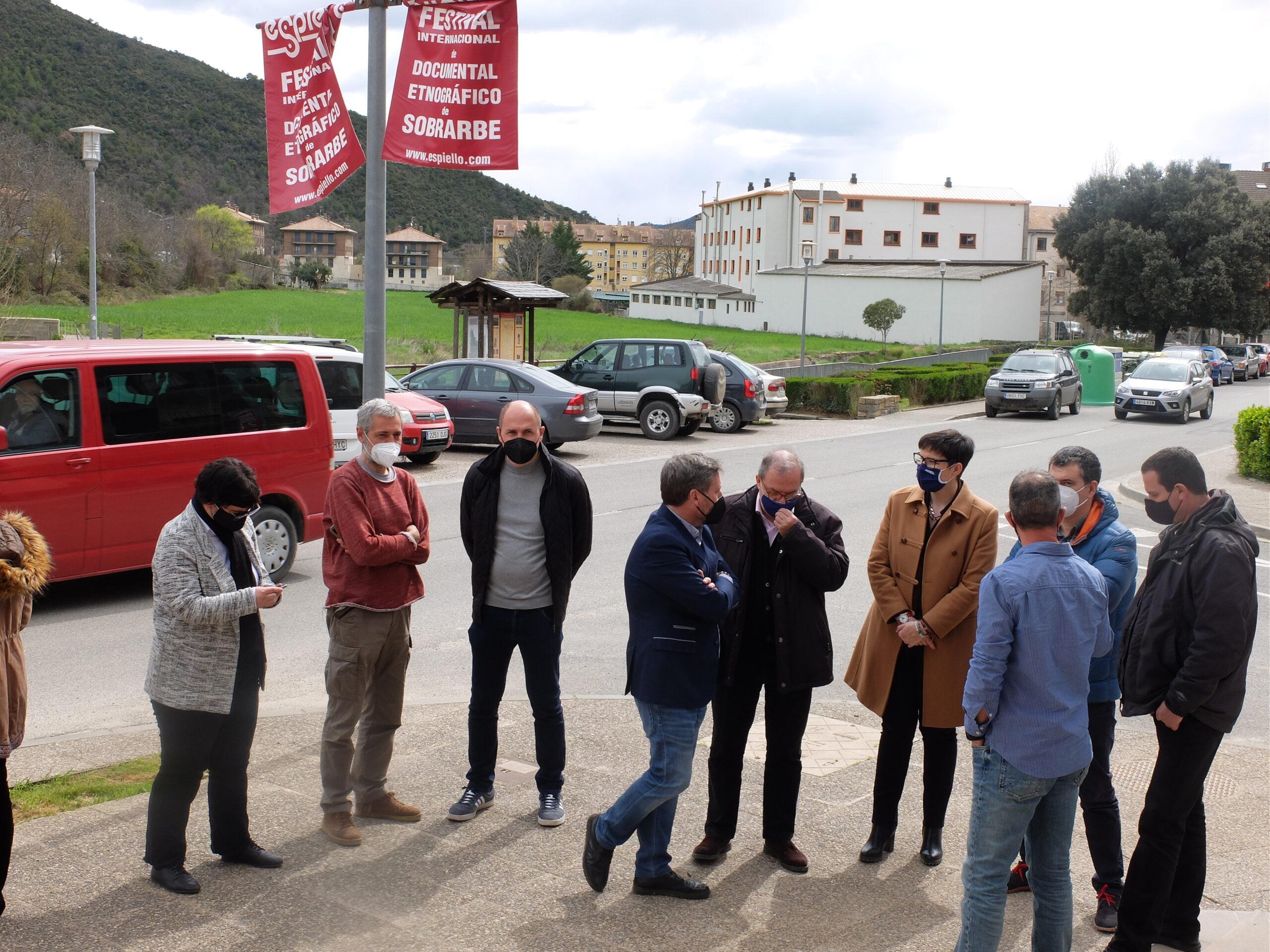 Autoridades y representantes de la Asociación de Nabateros de Sobrarbe han visitado la exposición Nabatas360